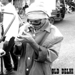 Old Delhi (Intro) sung by Saravanan Chellappa