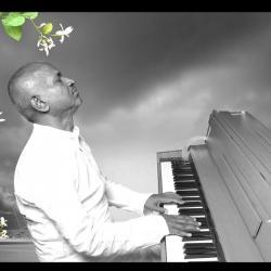 Kalaya Nijama- Coolie No.1 (1991) sung by Kesava Pillai