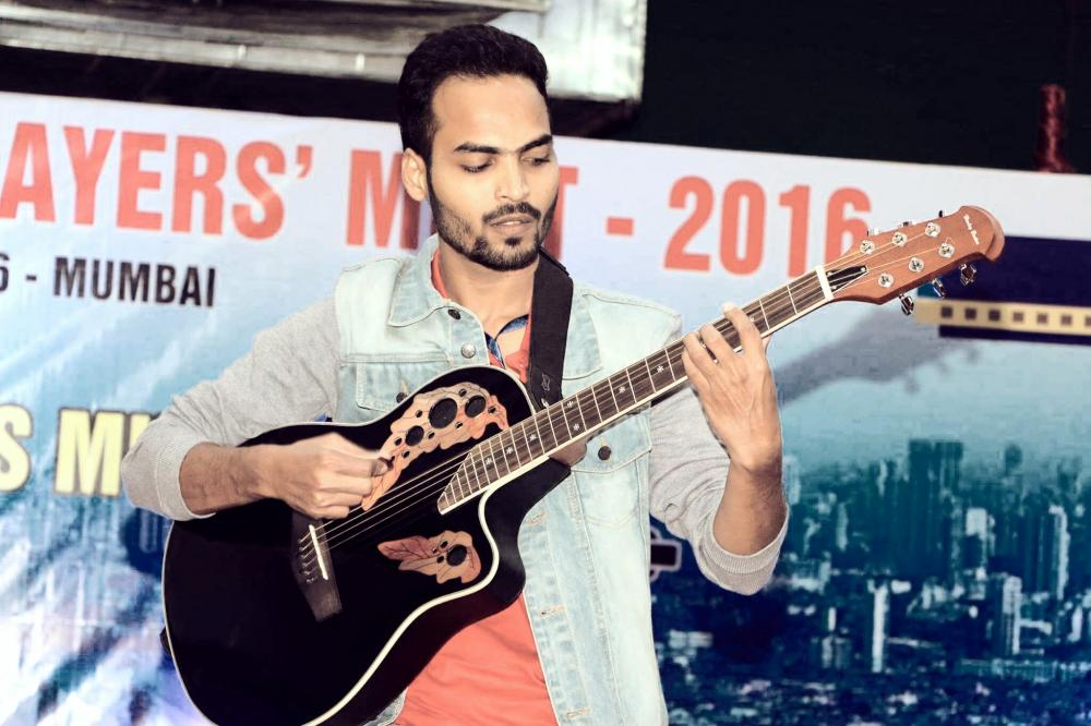 Ankit Saxena, Love music,Live Music