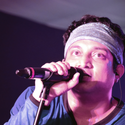 KAR MILONO CHAO sung by Shayok Banerjee